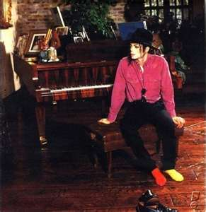 michael-at-piano