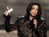 12439_mj-thanks-the-audience-at-the-2003-radio-music-awards-in-vegas