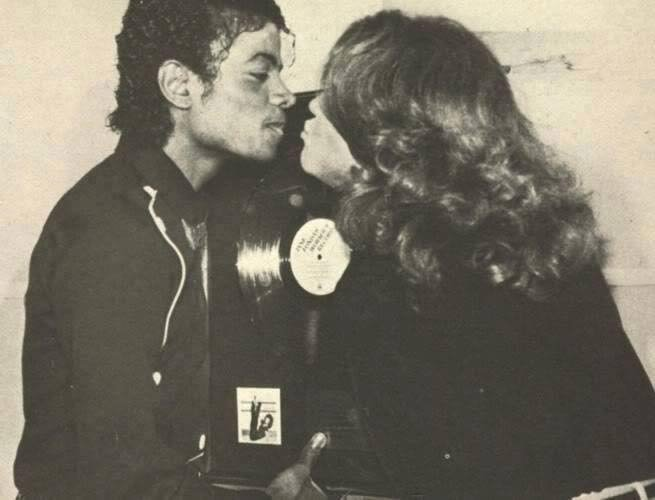 MJ kissing Jane Fonda