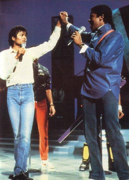MichaelJackson_Motown-25-1983 practice