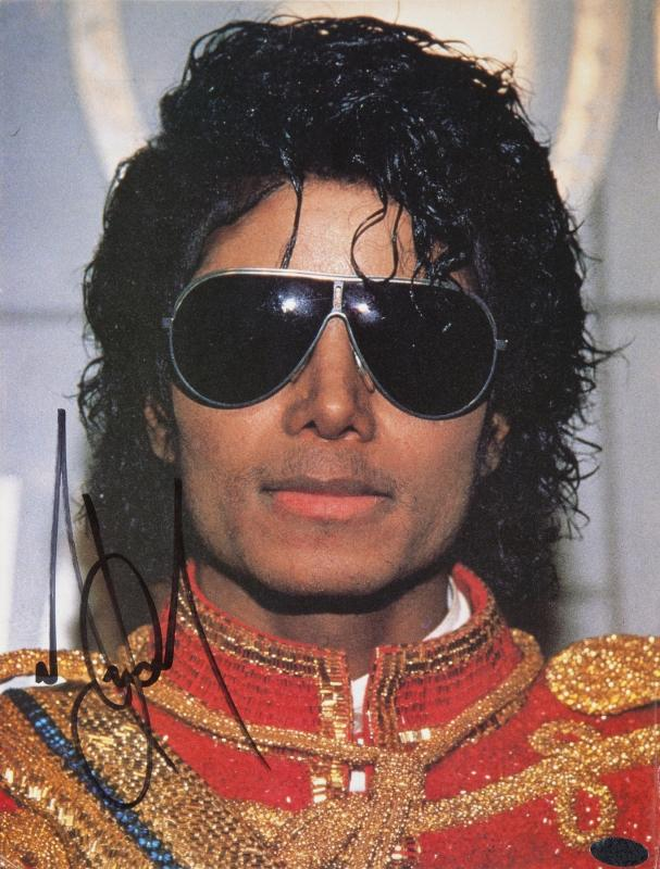 michael-signed-magazine-page