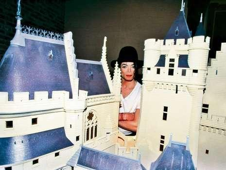 michael-and-castle-at-neverland