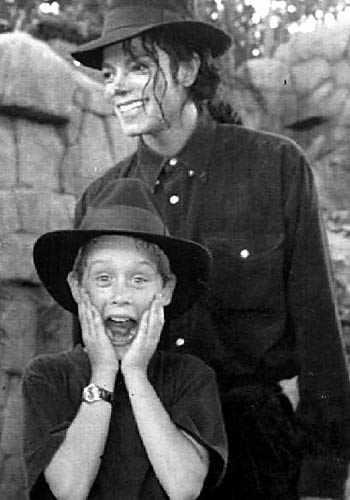 Michael and Macaulay Culkin