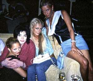 michael-with-nicole-ritchie-and-the-hilton-girls_0