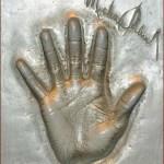 michael-jackson-hand-cast-2